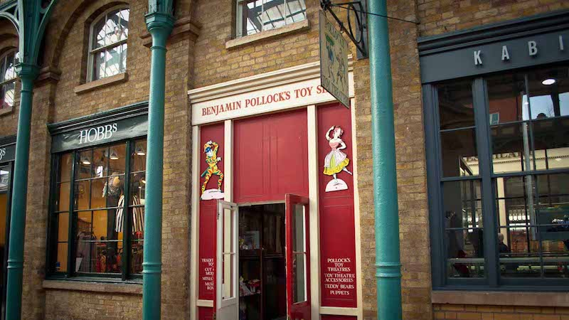 image - benjamin pollocks toy shop london entrance
