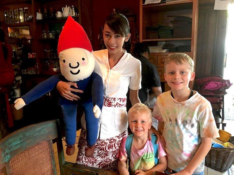 image - biku bali restaurant with kids