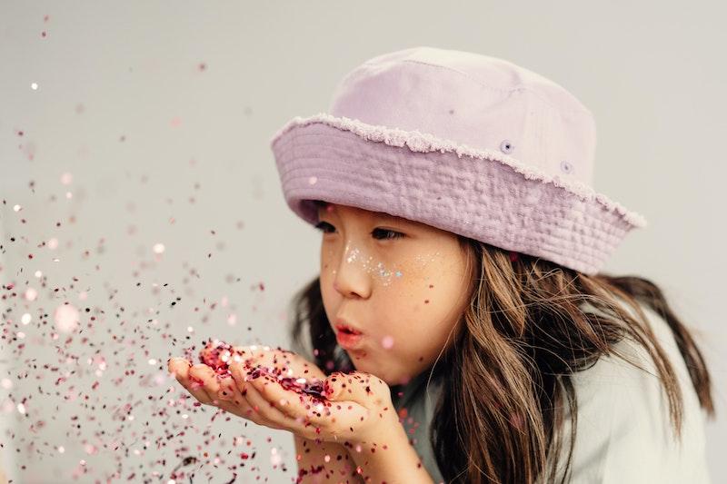 image - blow dust by pexels-cottonbro