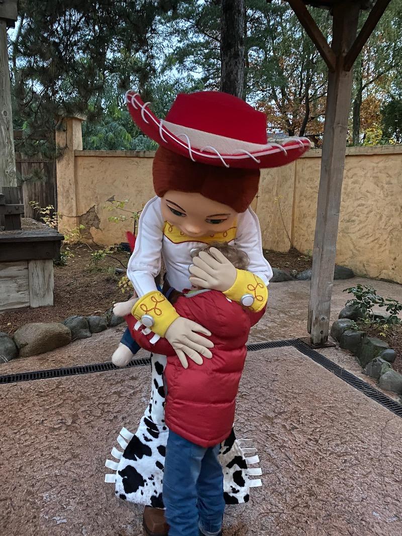 image - disneyland paris character greeting toy story jessie with jack