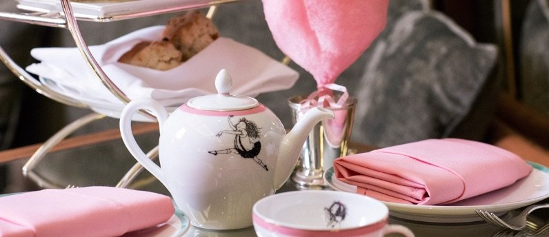 image - eloise at the plaza tea set