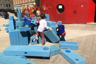 image - imagination playground new york blocks