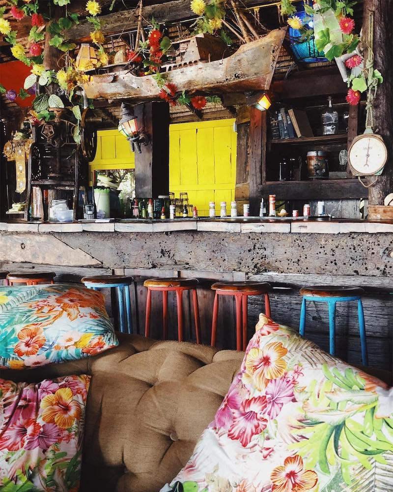 image - la plancha beach club interior bali