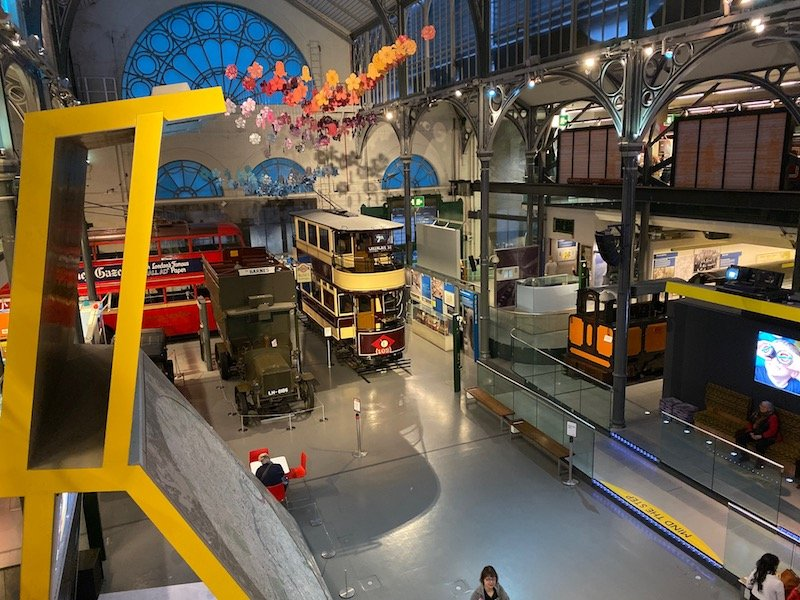 image - london transport museum covent garden interior view