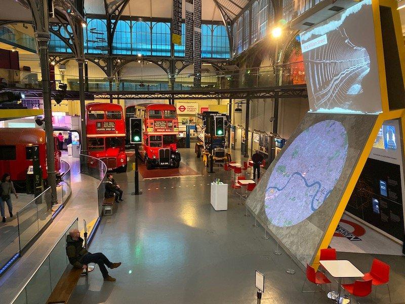 image - london transport museum covent garden interior