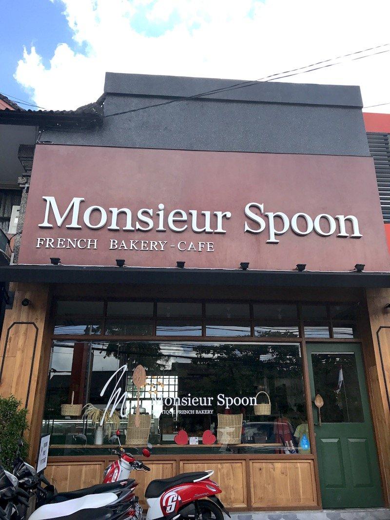 image - monsieur spoon bakery in bali