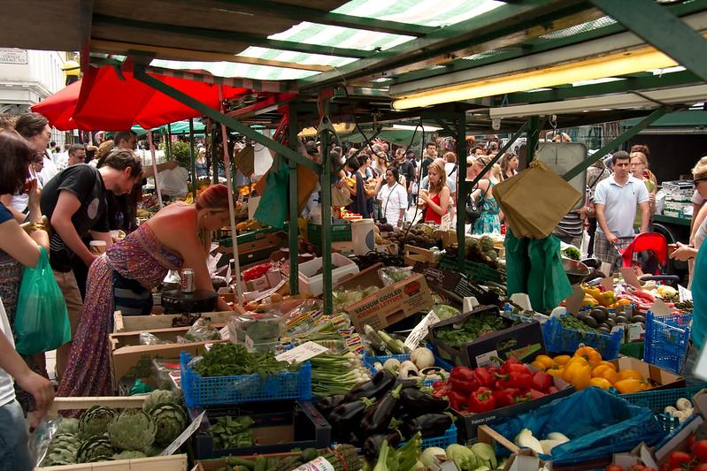 image - portobello road fruit and vegetable market
