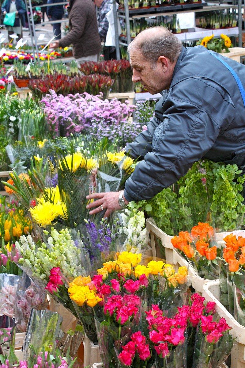 image - spitalfields markets flowers by kyle taylor