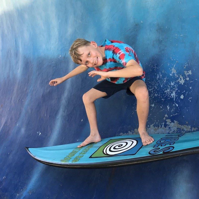 image - tubes bali restaurant surfing 800 new