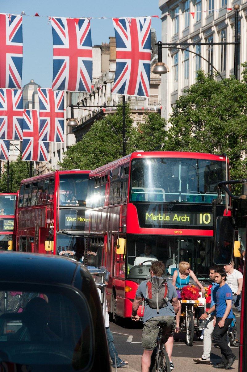 photo - oxford street london by arne byberg
