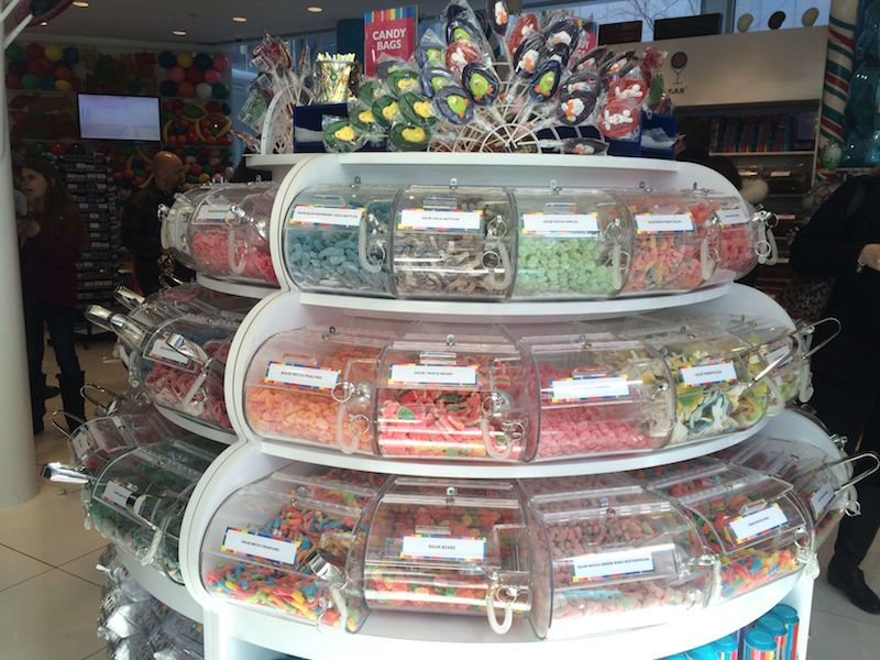 image - Dylan's Candy Store New York pick and mix 2