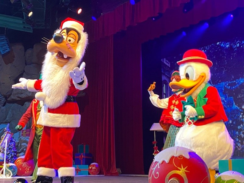 image - disney paris christmas show
