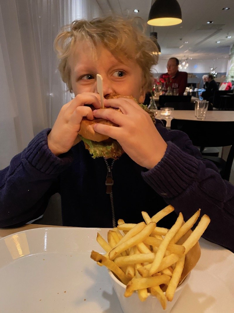 image - jack burger and chips at ikea hotel restaurant