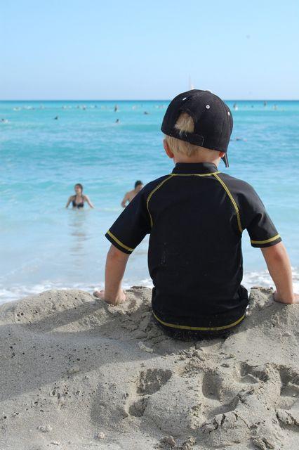 image - things to do in hawaii with kids waikiki beach ned