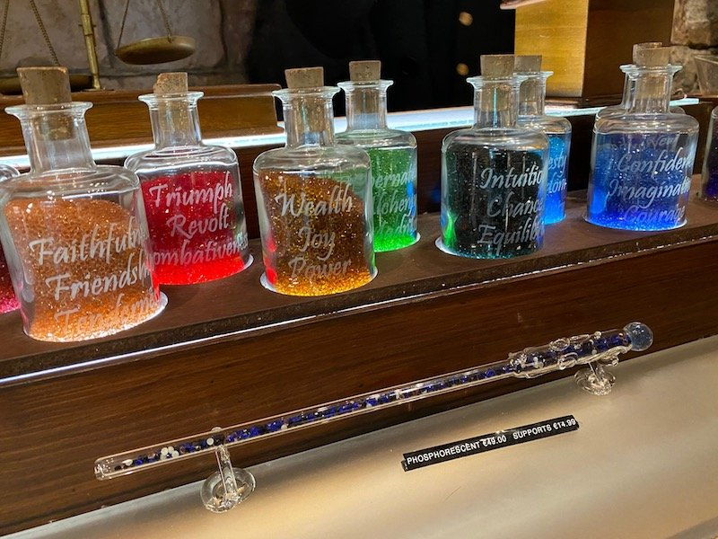 image - MERLIN L'ENCHANTEUR disneyland paris crystal gems magic wands 2