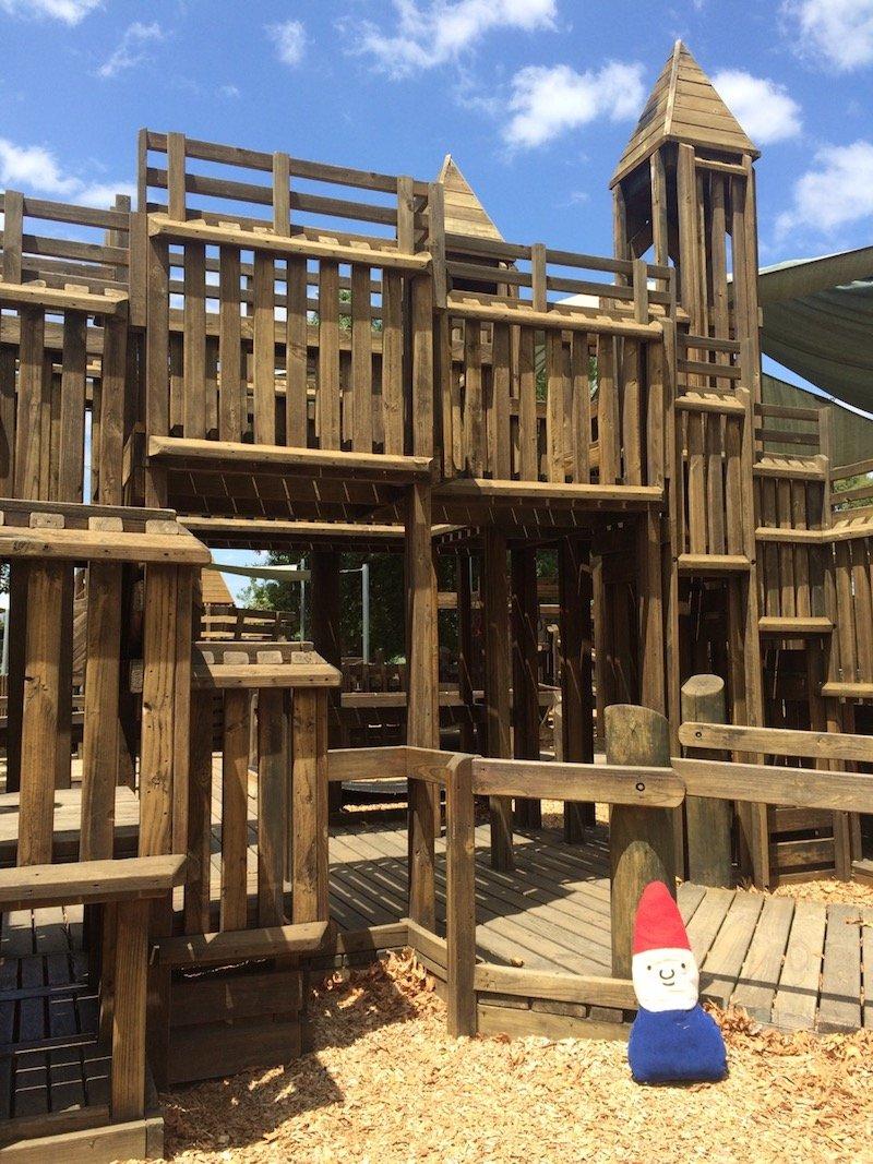 image - albert park playground melbourne 800