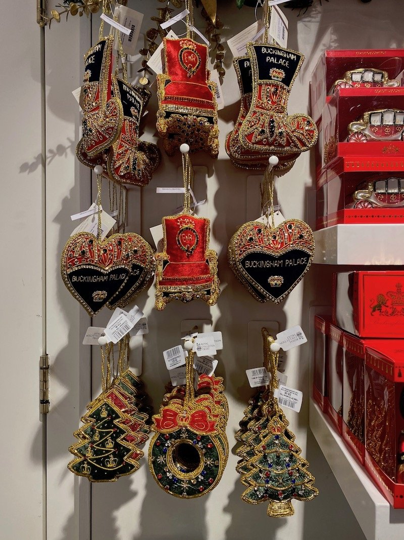 image - buckingham palace shop christmas ornaments