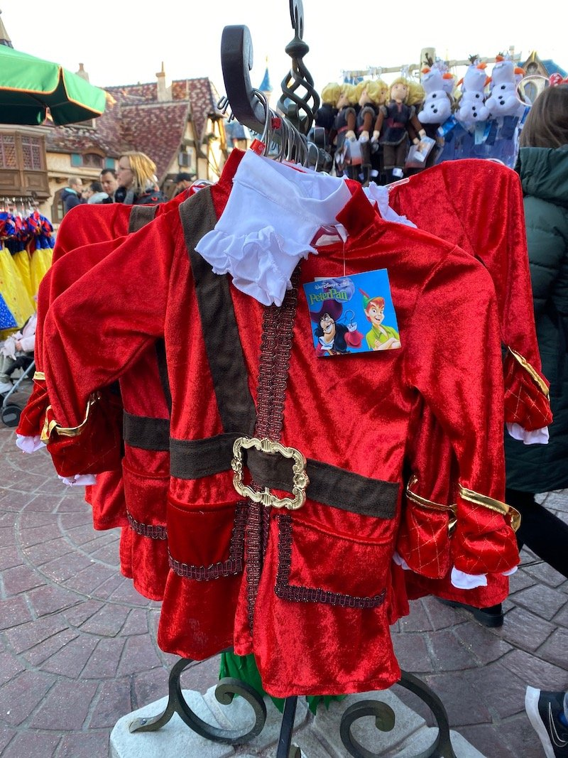 image - captain hook dress up costume disneyland paris