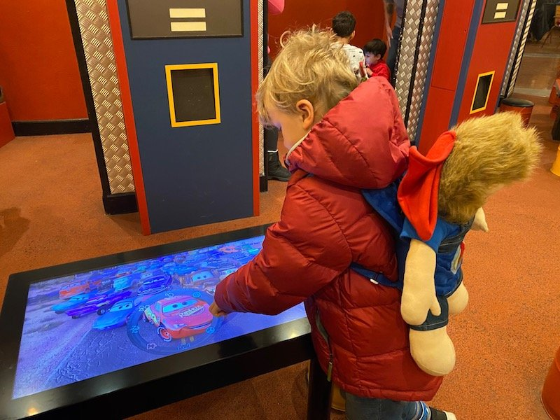 image - cars hotel disneyland paris kids play area at la cantina