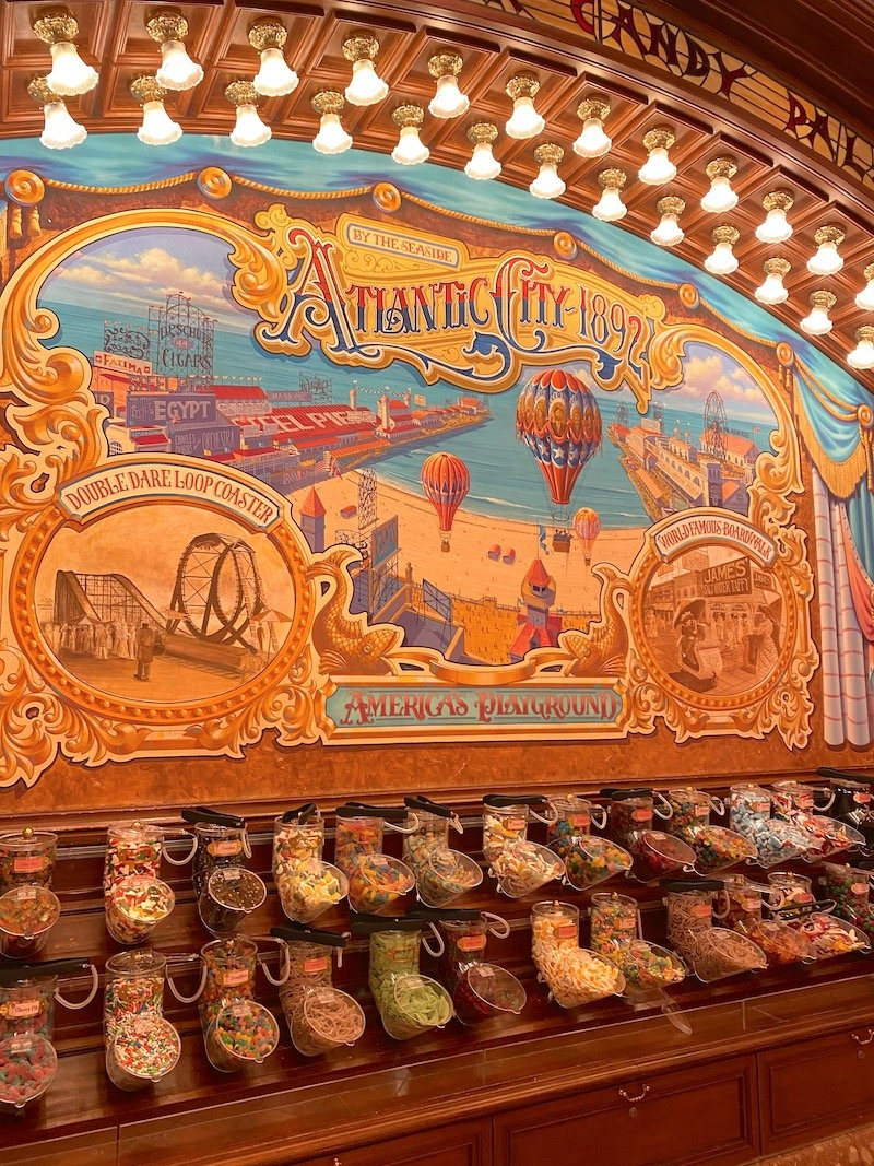 image - boardwalk candy palace disneyland paris candy selection