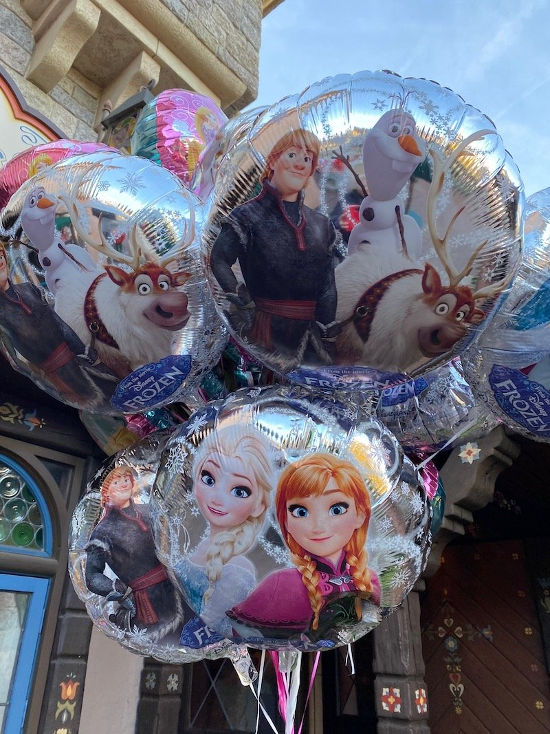 image - disneyland paris balloons
