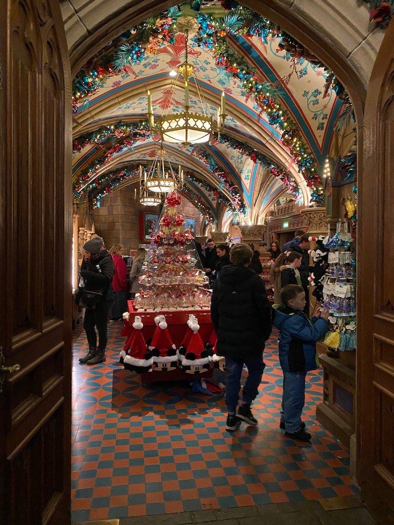 image - disneyland paris christmas shop entrance