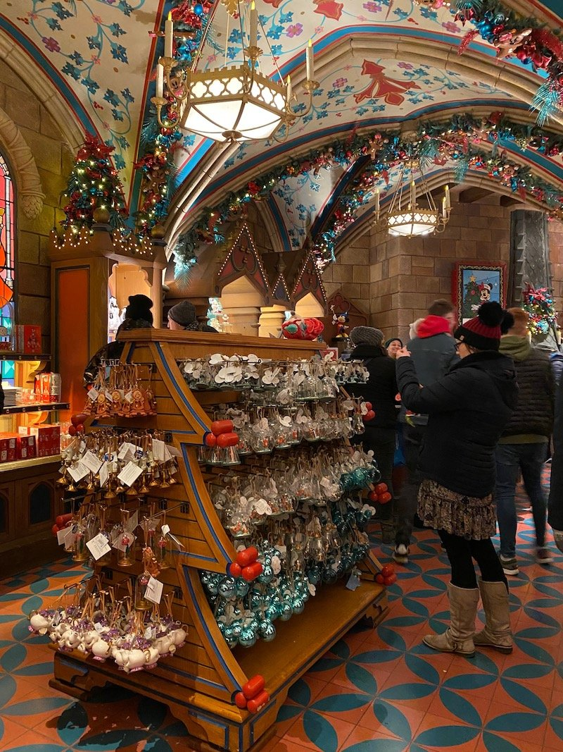 image - disneyland paris christmas shop