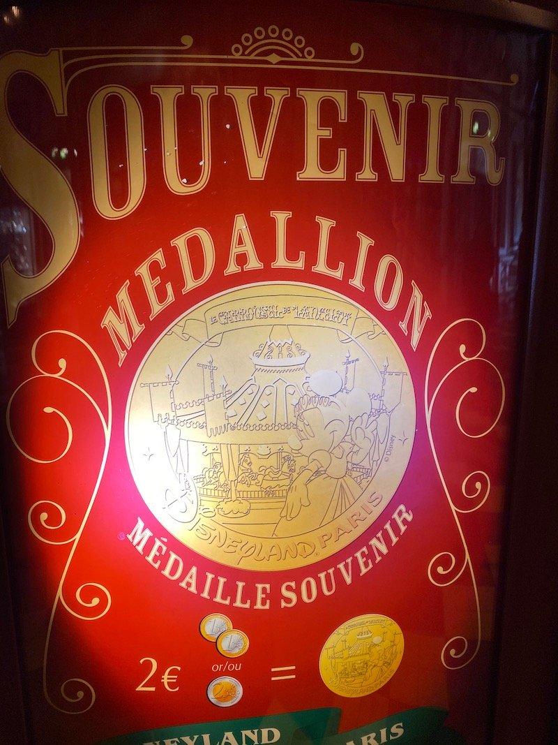 image - disneyland paris souvenir medallion 800