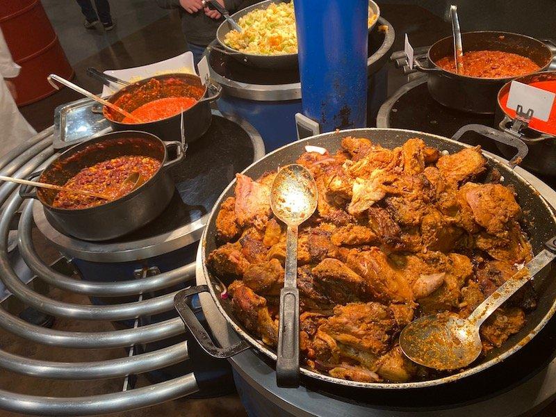 image -la cantina disneyland paris chicken