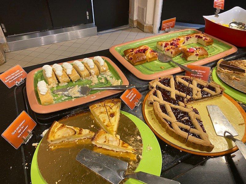 image -la cantina disneyland paris dessert menu