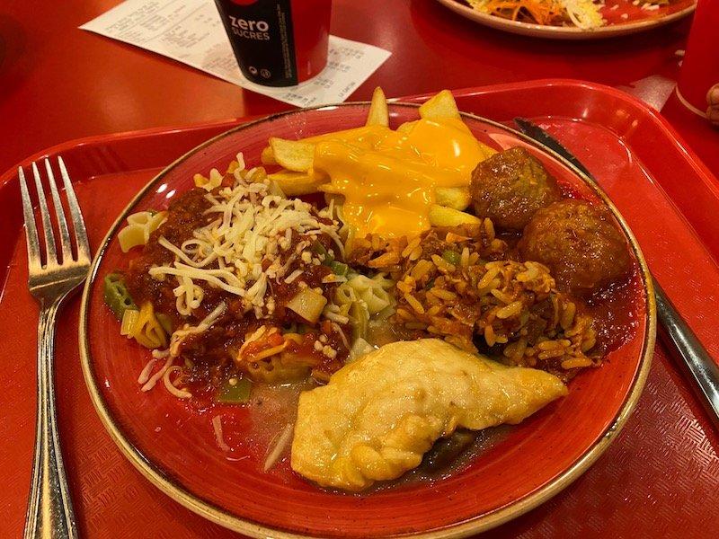 image -meal at la cantina disneyland paris