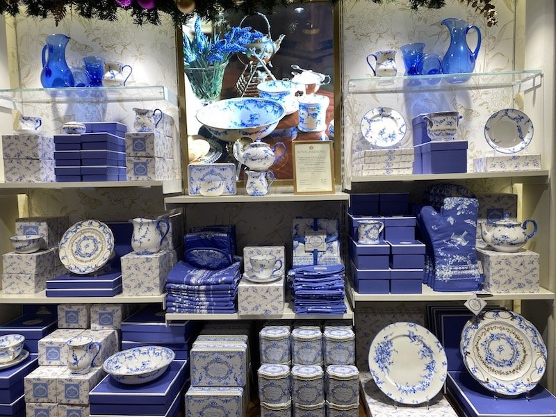 image - royal collections tableware birdsong