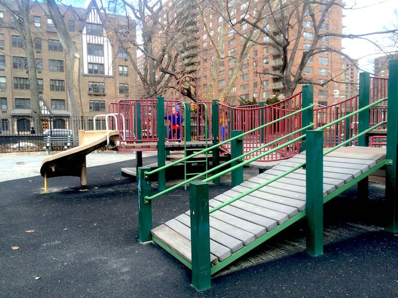 image - rudin family playground central park fort 800