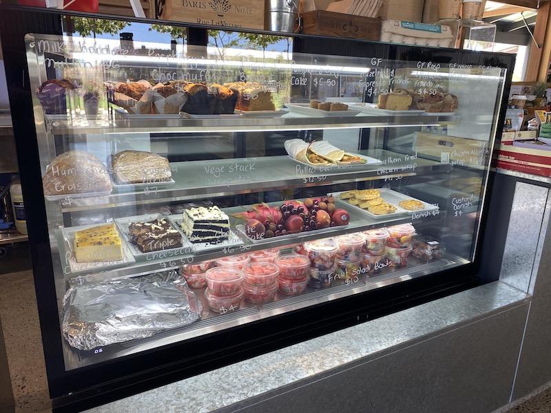 image - summerland house farm cakes