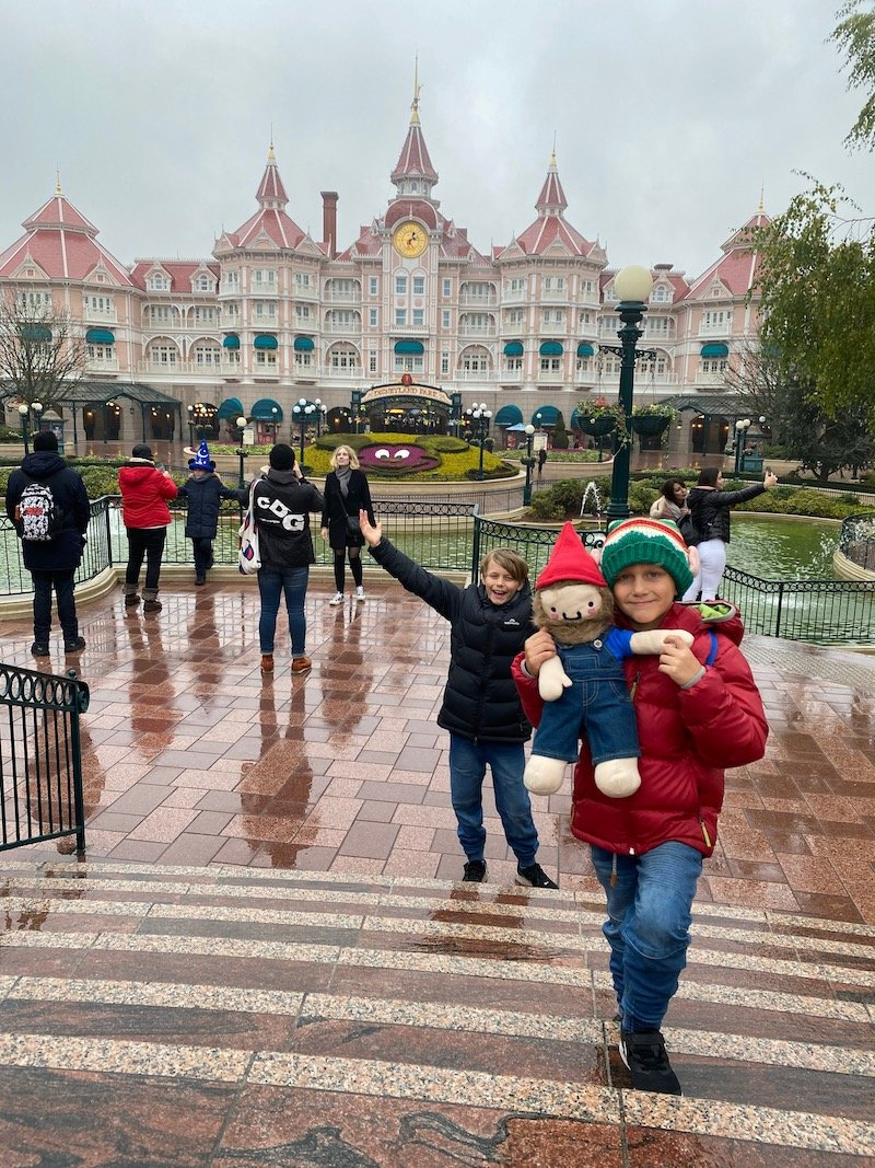image - what if it rains at disneyland paris?