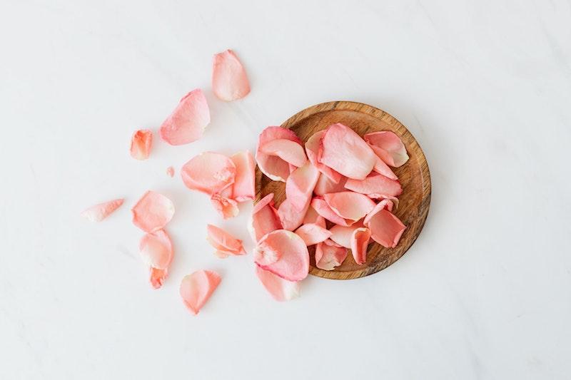 image - edible rose petals by pexels-karolina-grabowska