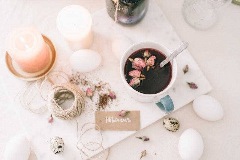 image - hibiscus tea drink by pexels-olya-kobruseva
