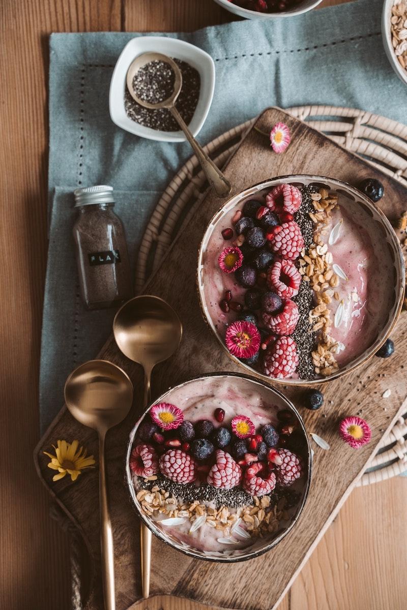 image - smoothie bowls with edible flowers pexels-taryn-elliott