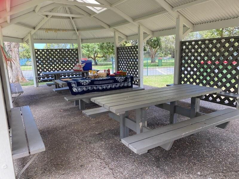 image - laguna park palm beach picnic benches