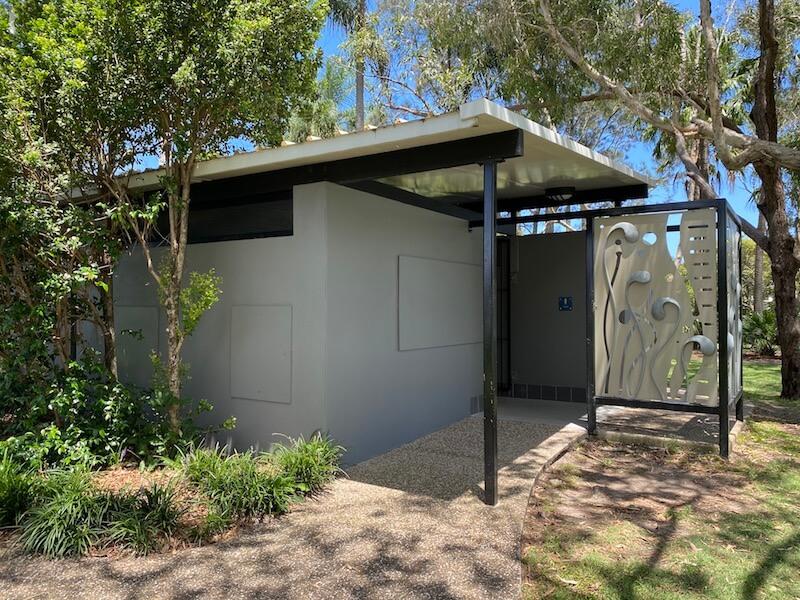 image - laguna park palm beach toilet block