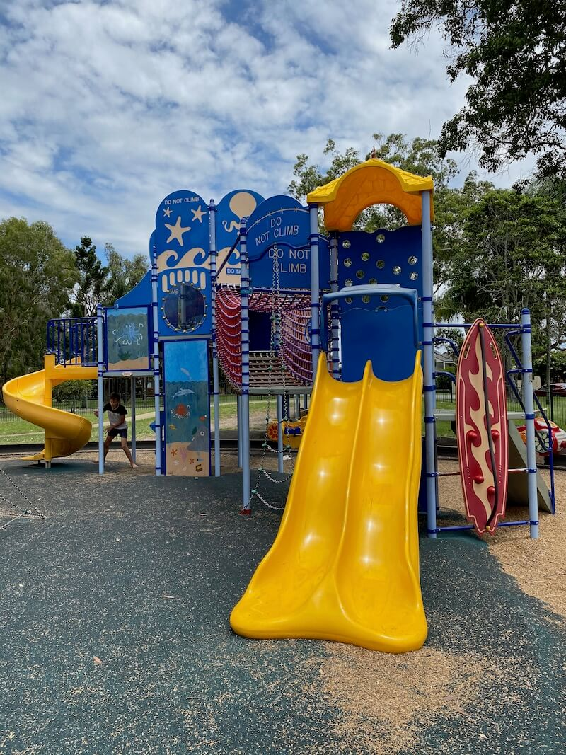 image - laguna park playground fort slides