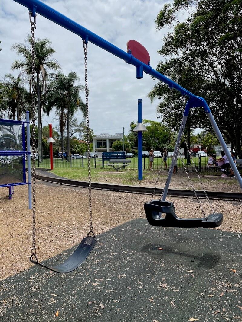 image - liberty swing