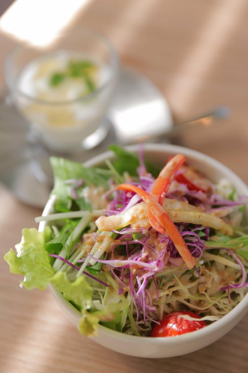 image - japanese green salad by hiro kokoro flickr